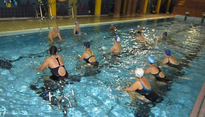 Campanha promocional amigos a s rio nas piscinas for Piscina municipal de ilhavo